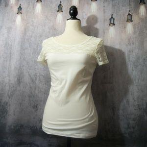 H&M Cream Lace T-Shirt Size Small